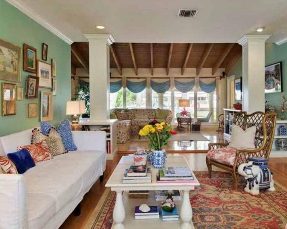 custom-soft-home-furnishings-sofa slipcovers-swags