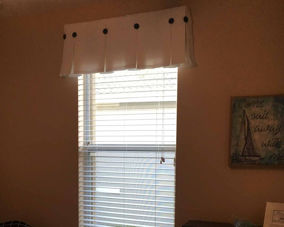 box-pleated-valance