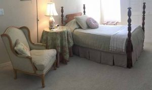 custom-bedding-sanibel-florida